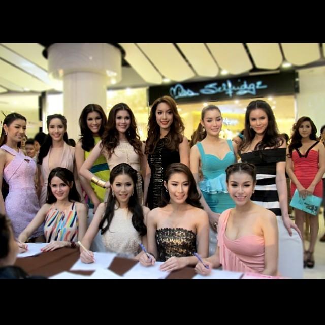 Katoey-Miss-Tiffany-Universe-2014.15
