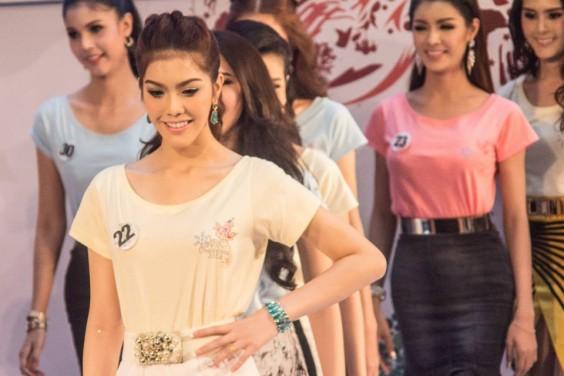shemale-Miss-Tiffany-Universe-2014.13-564x376